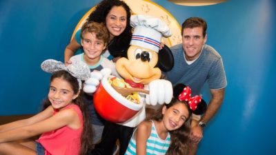 Disney PhotoPass Service offers Photos from Select Dining Locations