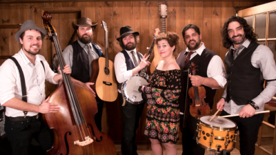 New Entertainment 'Blue Grass Band' from Canada Arrives at Epcot