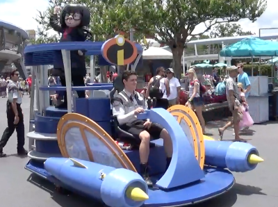 Edna Mode Travels in Style at the Magic Kingdom