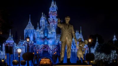 Holidays at the Disneyland Resort Returns November 9