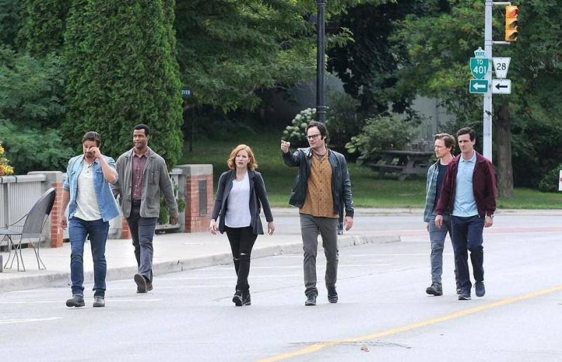 First Pic from of The Adult Losers' Club from 'It!'