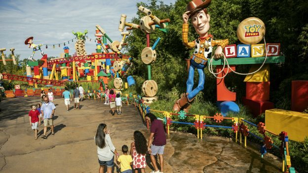 Breakfast and Early Morning Magic at Toy Story Land