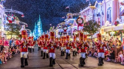 A Peek At This Year's Ultimate Disney Christmastime Package