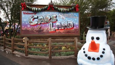 'Snow' Sightings Throughout the Holidays at the Disneyland Resort