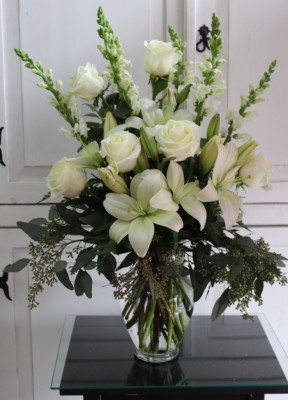 Mix Arrangement Pure white GP-160.   $95.00