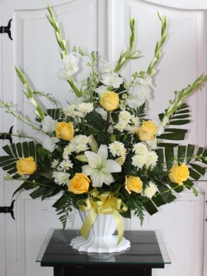 Sympathy Basket. GP-971