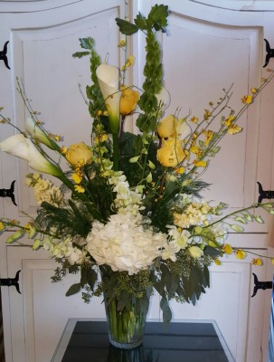 Moondance Bouquet $185.00.  GP--167