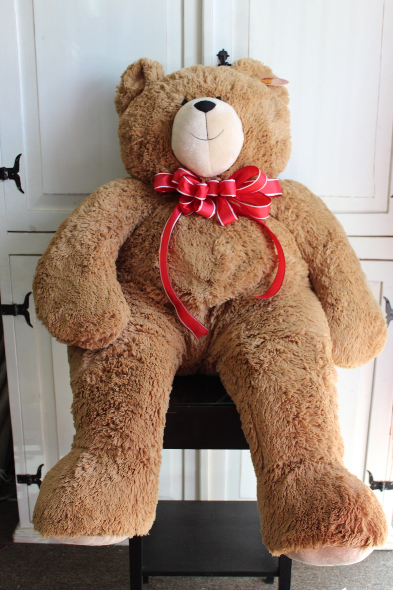 6 FEET PLUSH BEAR