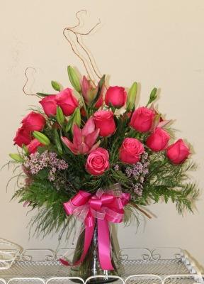 18 Hot Pink Roses With Pink Lilies.GP-199.   $125.00