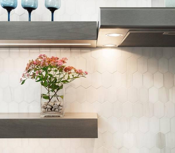"White Elegant Marble Elongated Hexagon 2n"" x 3.25"" Polished Mosaic"