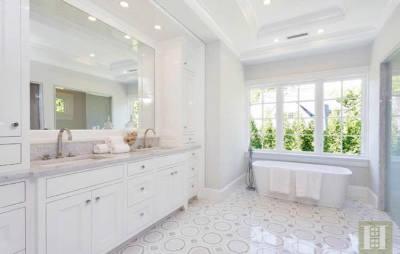 WJ4 on bathroom floor