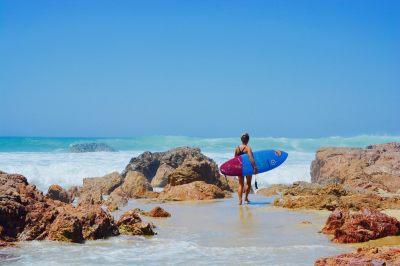 Professional Surfer Jazmine Dean