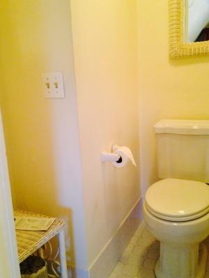 Room H Bathroom