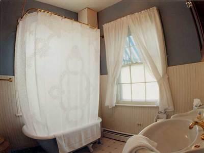 Room D Bathroom