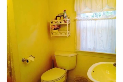 Room Bayside Bathroom
