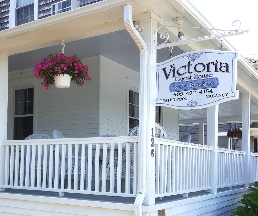 victoria guest house b b long beach island nj in beach haven at jersey shore. Black Bedroom Furniture Sets. Home Design Ideas