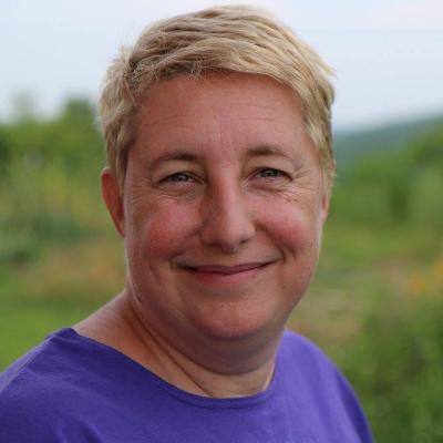 Ellen Kotzin Headshot