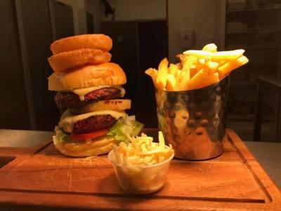 Knights Warehouse Burger