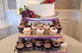 WEDDING CAKES TO REMEMBER