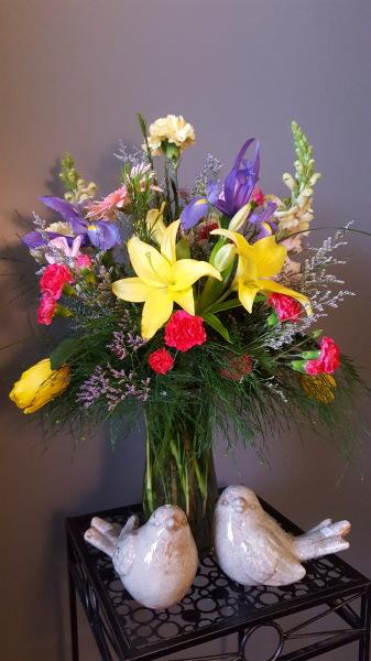 39) Mixed fresh vased design!