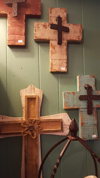18) Crosses