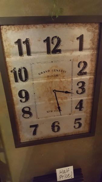 14) Wall Clocks