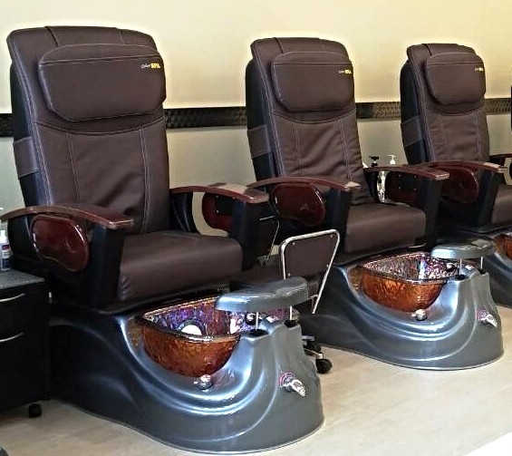 glass bowl spa pedicure