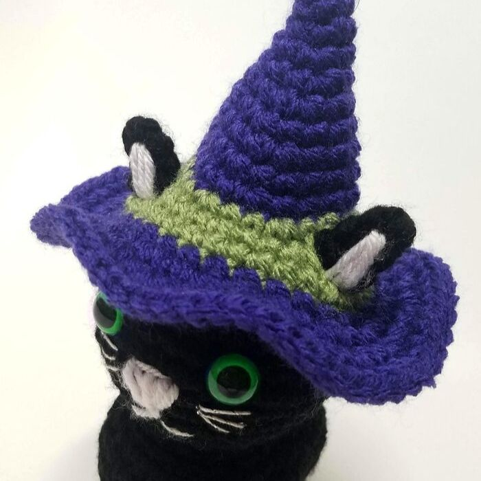 Halloween-Kitty2.jpg