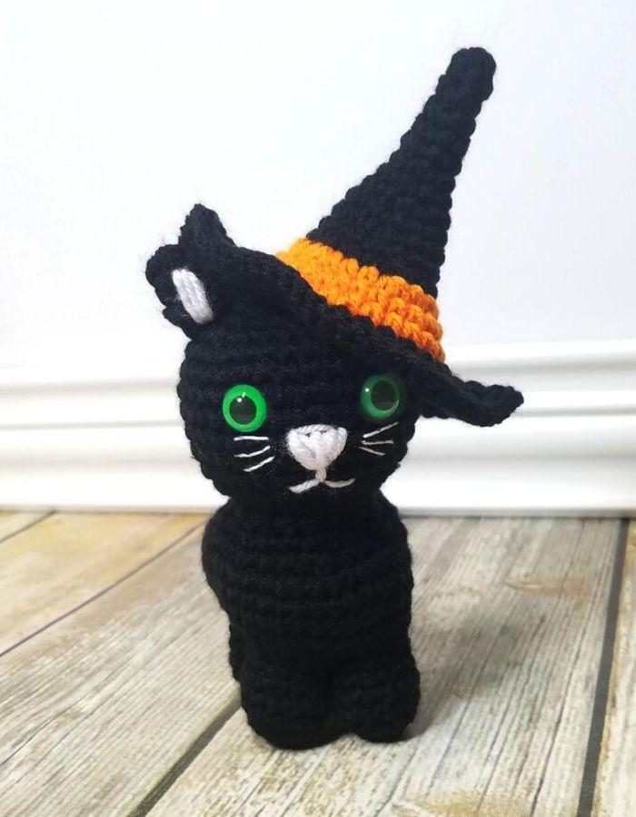 Halloween-Kitty-Post4.jpg
