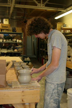 Pottery Classes | Massachusetts | Dew Claw Studios
