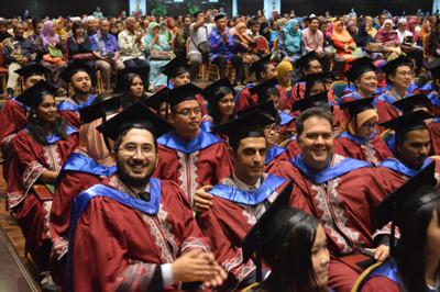 التسجيل في الجامعات الماليزية