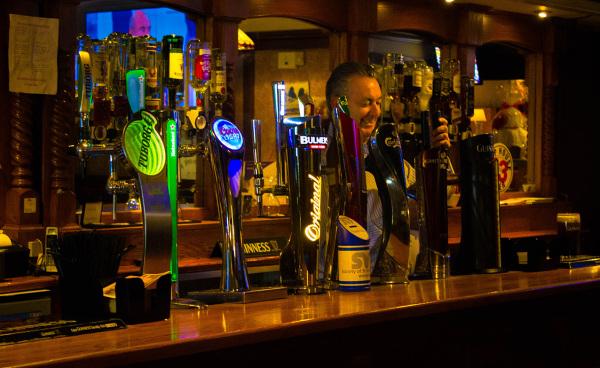 McMahons Bar Maynooth bar beer pumps