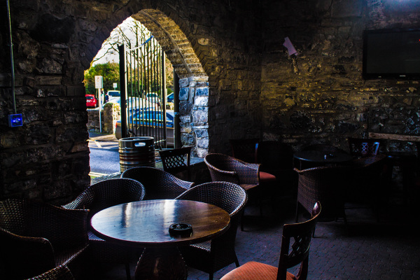 McMahons Bar Maynooth beer garden smoking area cozy cave