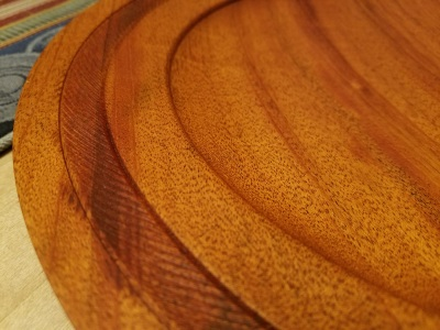 edge detail from mahogany plate