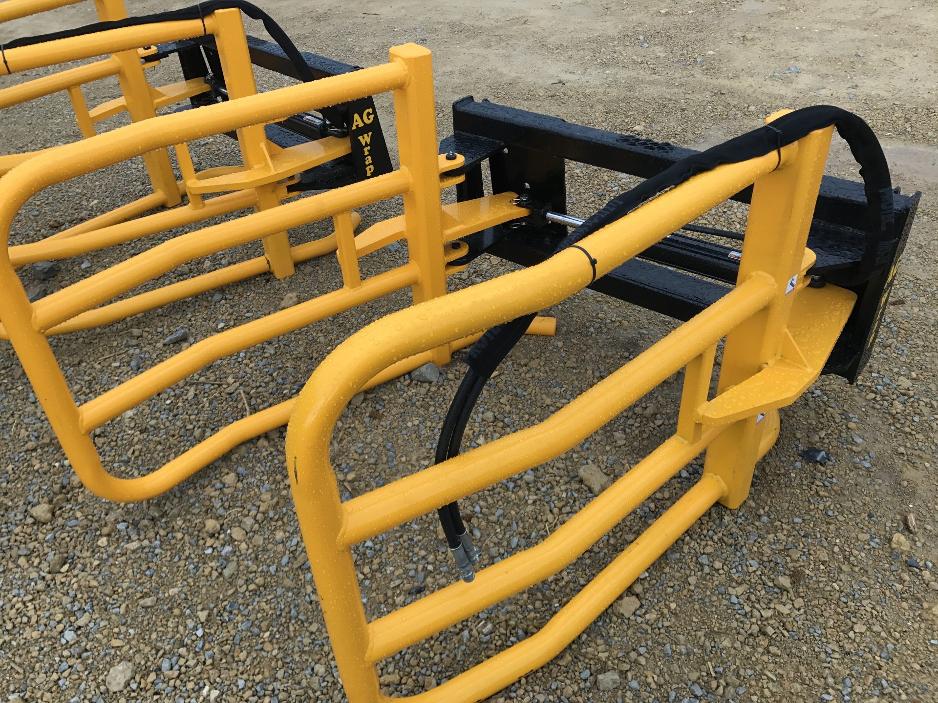 Ag Wrap Round Bale Squeeze Bucket