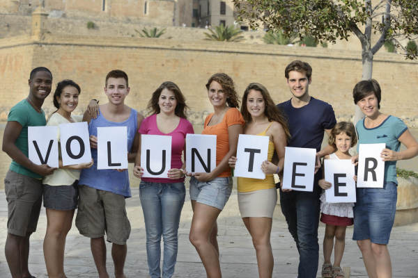 Volunteer To Help The Earth & Animals