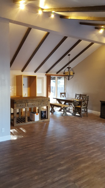 Open up living / dining / kitch