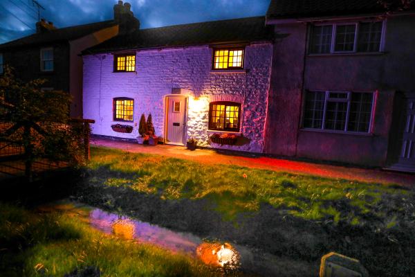Clara's Cottage