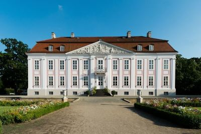 Opera- piano concert in the castle Friedrichsfelde (DE)