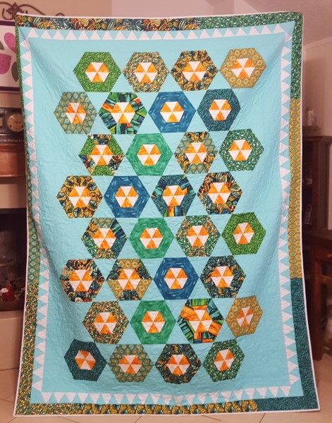 "Twin Size quilt  (69"" × 91"")"