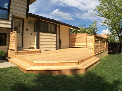 Cedar Deck and Privacy