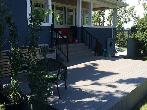 Simple Calgary deck design