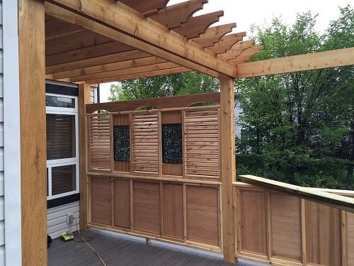 Cedar Pergola Overhang