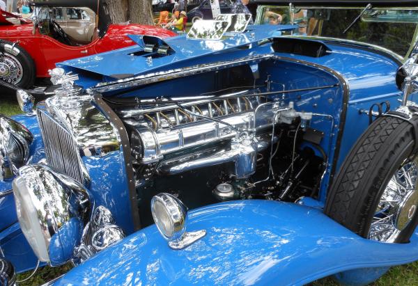 Stutz Engine