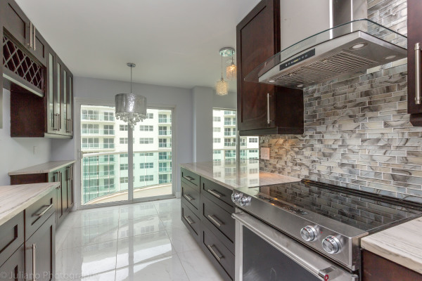 Condo Kitchen 1-1