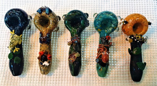 glass art, hand pipes