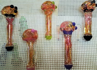 bowls, spoons, glass hand pipes