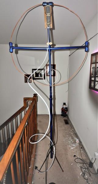 Magnetic Loop on Tripod