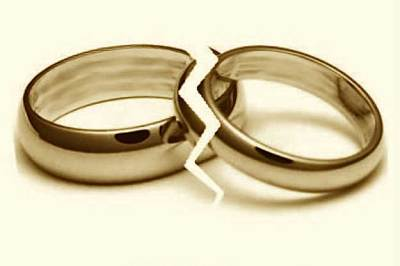 Couple Living in Two Different States -- Which One Has Authority in Divorce?