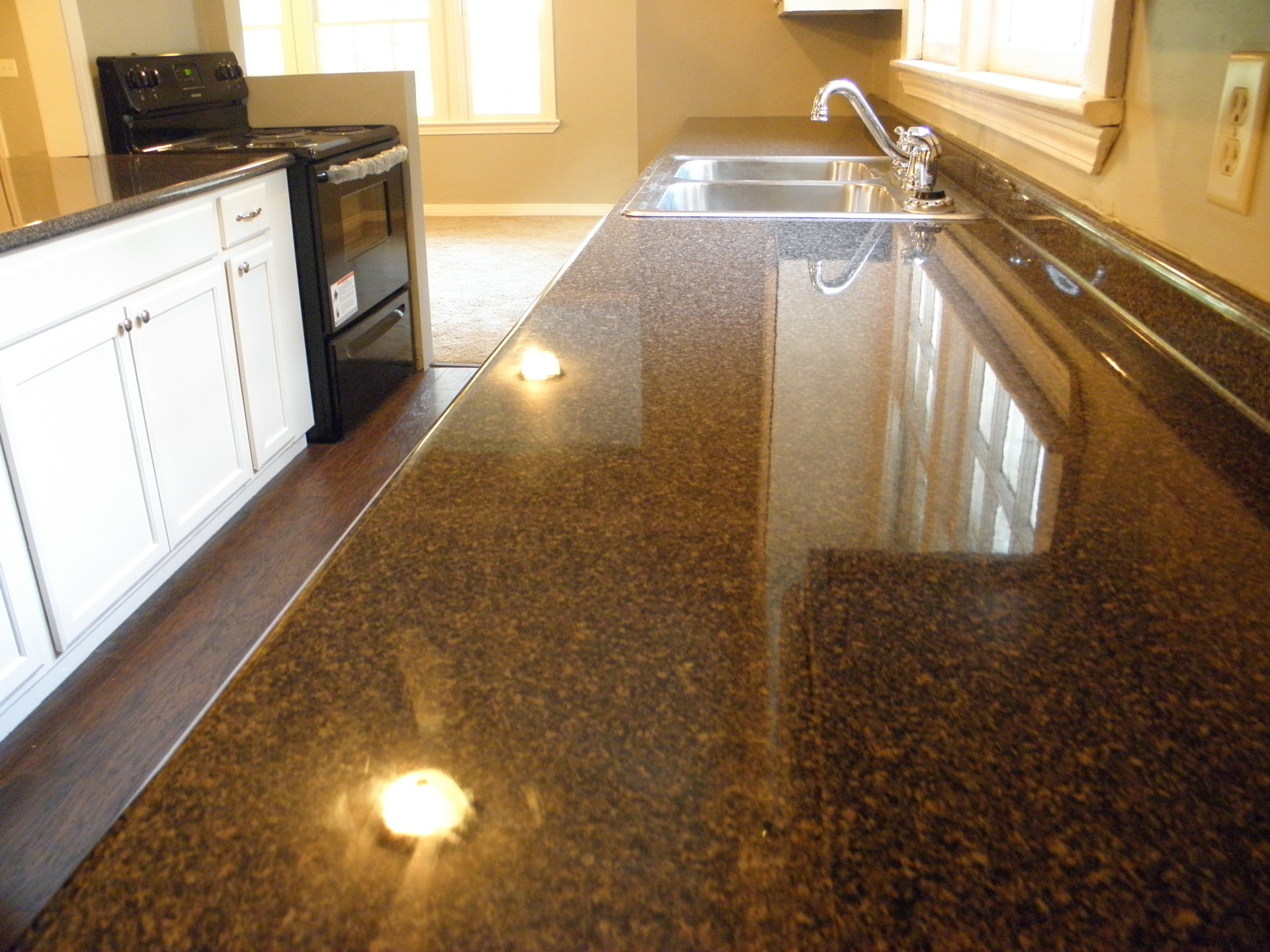 High Gloss, High Quality Countertops